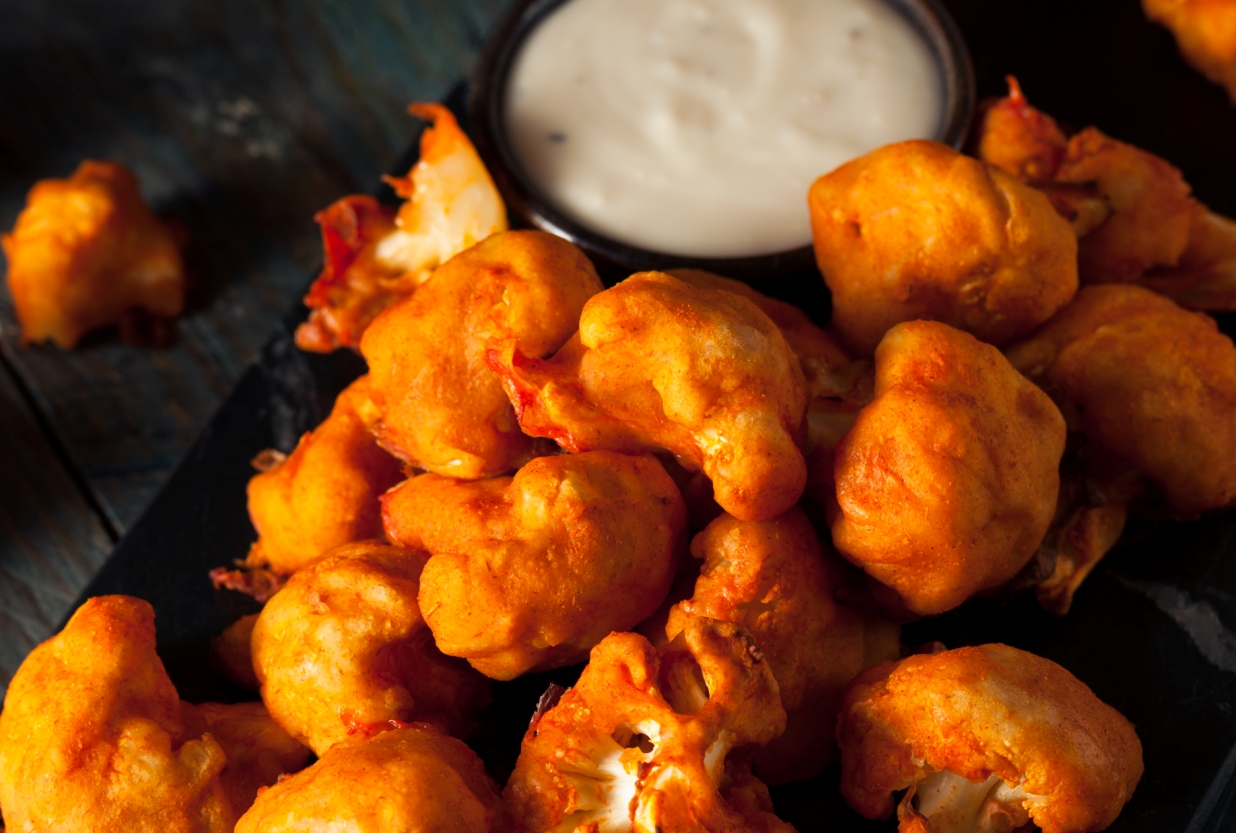 picy Breaded Buffalo Chicken Cauliflower with Blue Cheese Sauce