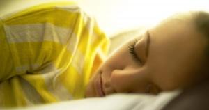 sleeping-girl-bed_facebook