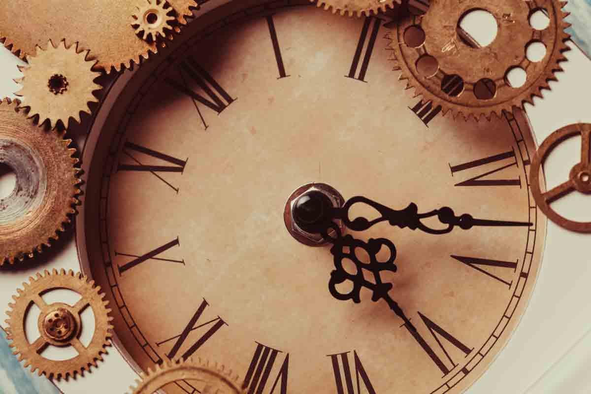 vintage-clock_medium