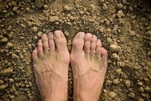 feet in earth