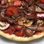 vegan pizza with onion, mushroom,