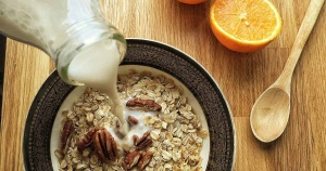 almond-milk-oatmeal_faceboo