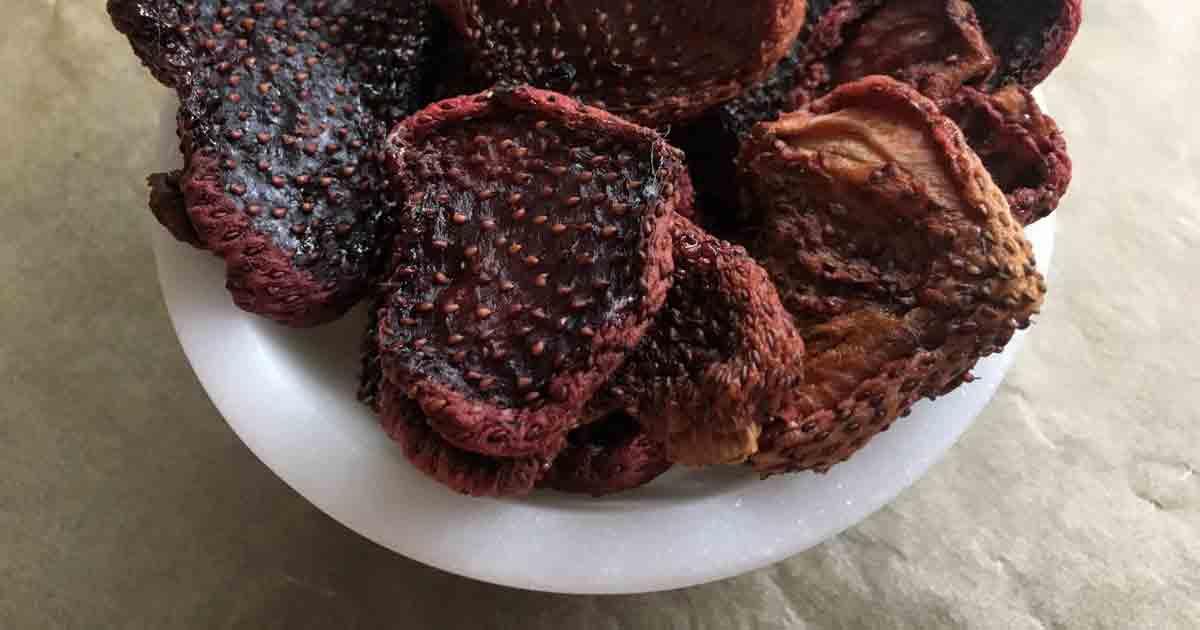 dried-strawberries-bowl_fac